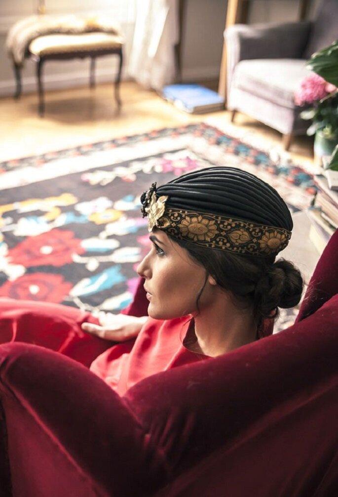 turbante de Suma Cruz vestido de helena mareque