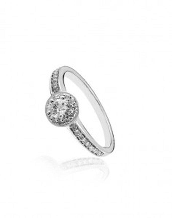 Sortija de orla con diamantes y oro blanco de 18 Kts. (919 €) - Aristocrazy