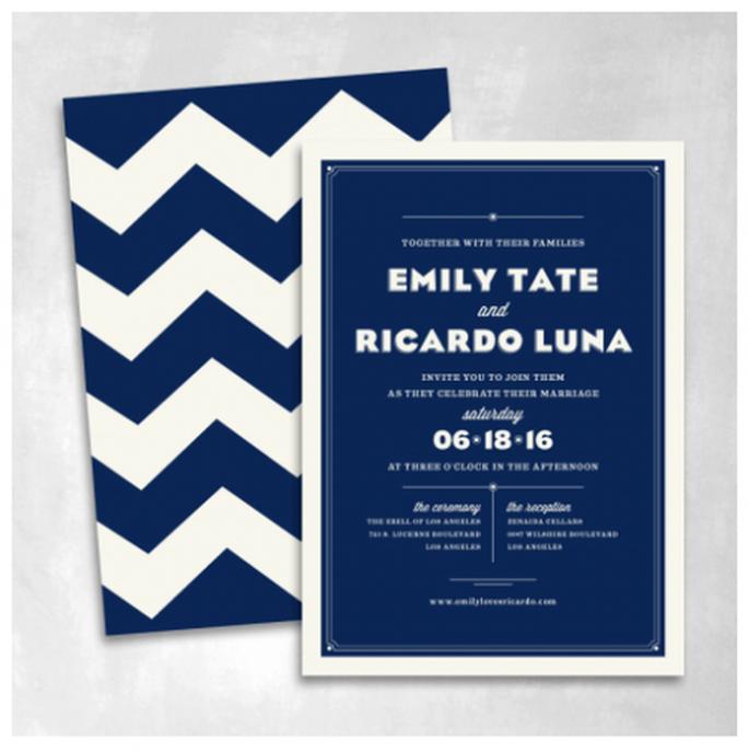 Elige colores vivos y atemporales para el diseño de tus invitaciones - Foto Smitten On Paper