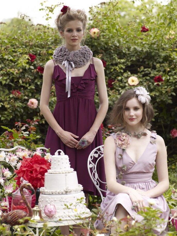 Vestidos para damas de honor y decoración con flamingos. Imagen BHLDN