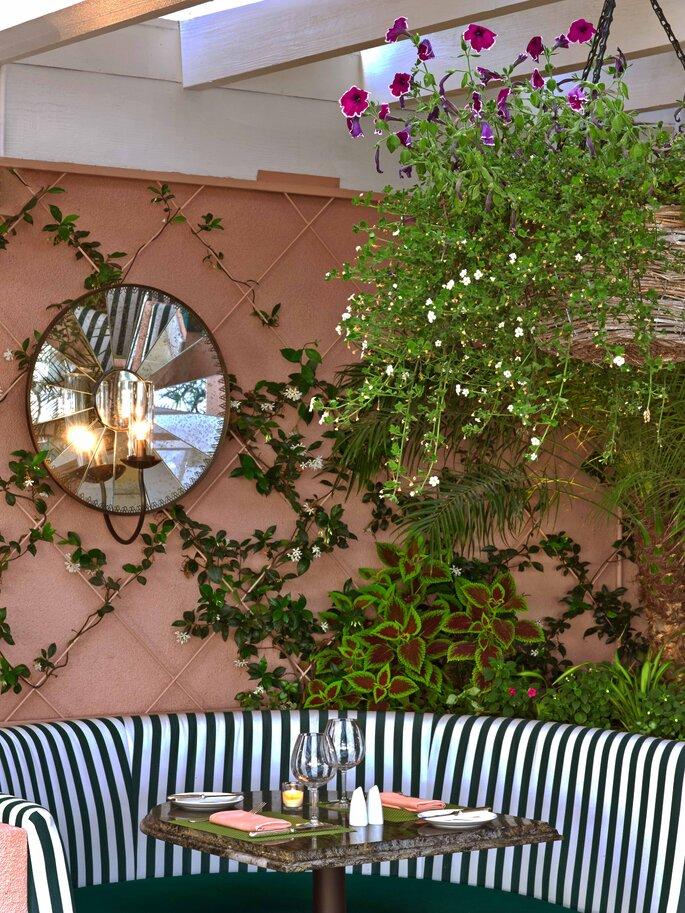 Cabana Cafe _Detail