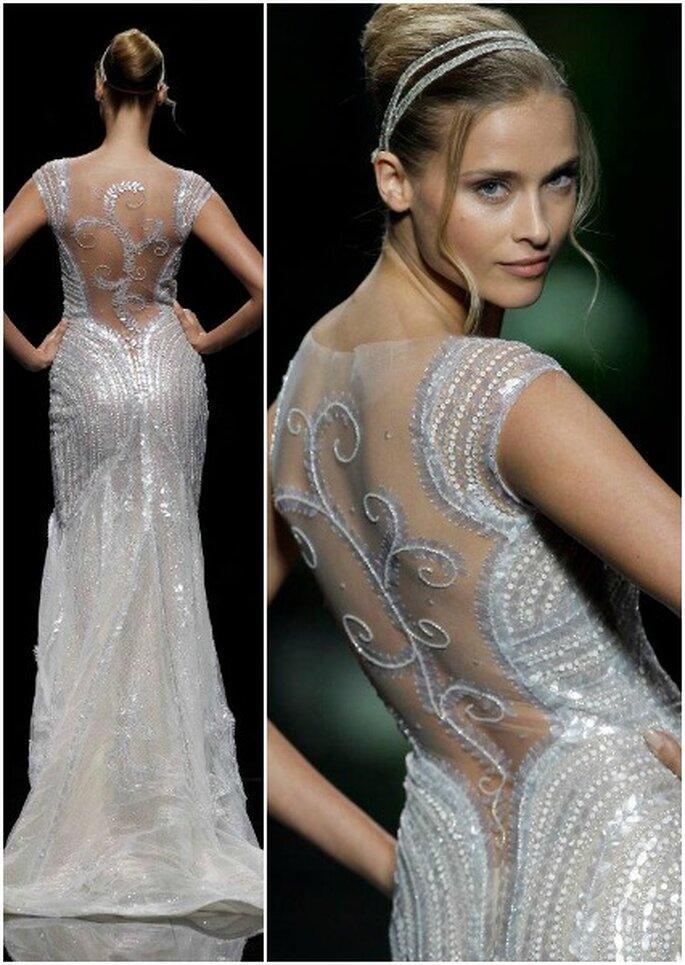 Detalle de vestido de novia con escote en la espalda y paillettes. Foto: Pronovias