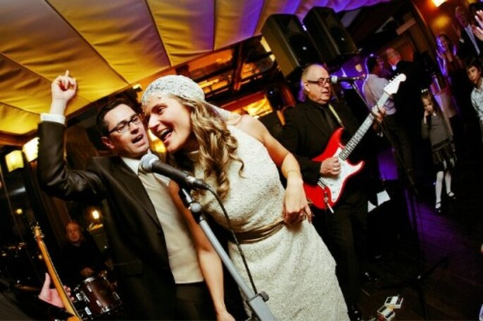 Pas question de faire l'impasse sur le DJ de mariage ! - Photo : Byfotografos