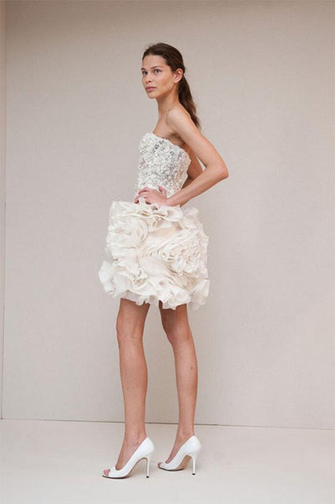 Vestido corto en crepés de la colección Monique Lhullier Primavera/Verano 2011
