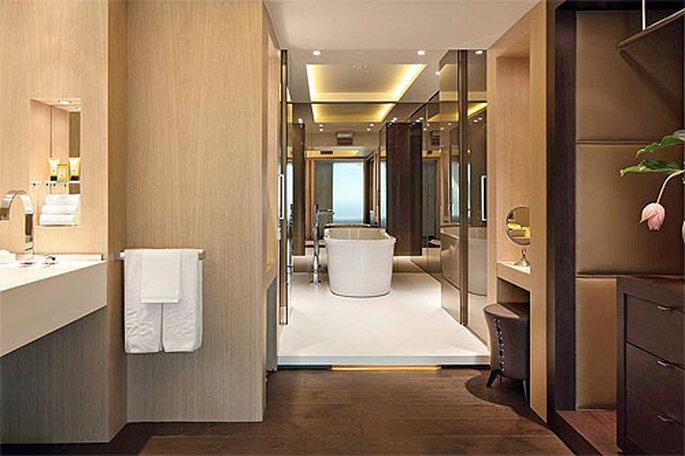 Impecable ropa de cama, baños espaciosos, lo último en equipos audiovisuales... Foto: Hotel Arts