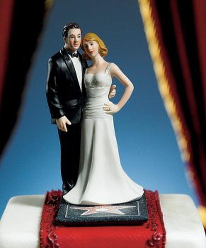 Quoi de plus naturel que de placer les figurines de votre gâteau sur un tapis rouge ?