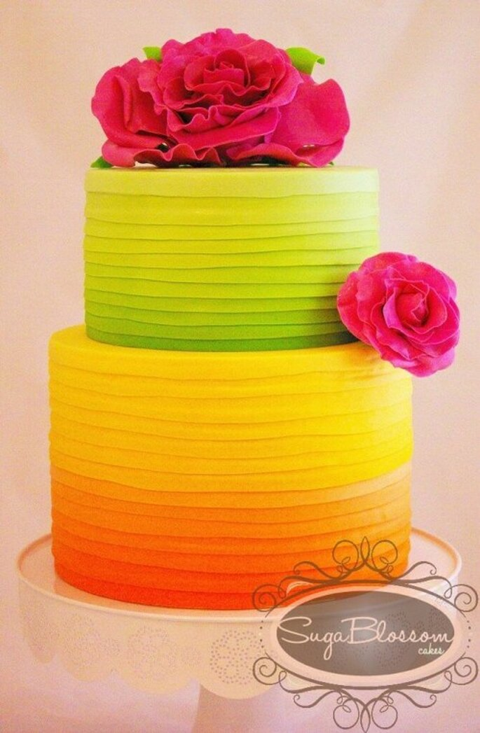 Pastel de bodas en colores neon - Foto Sugar Blossom Cakes