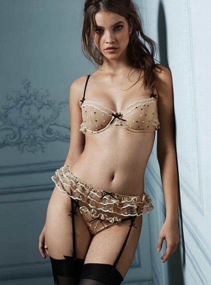 Pois et volants : tout en sensualité ! - Photo : www.victoriassecret.com