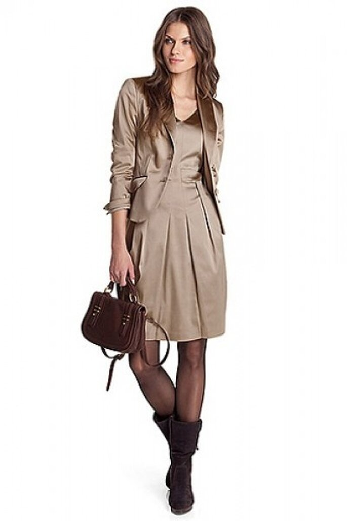 Blazer 149,95 Euro und Kleid 129,90 Euro von Esprit