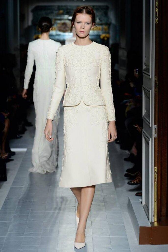 Conjunto de falda y blusa para boda civil - Foto Valentino