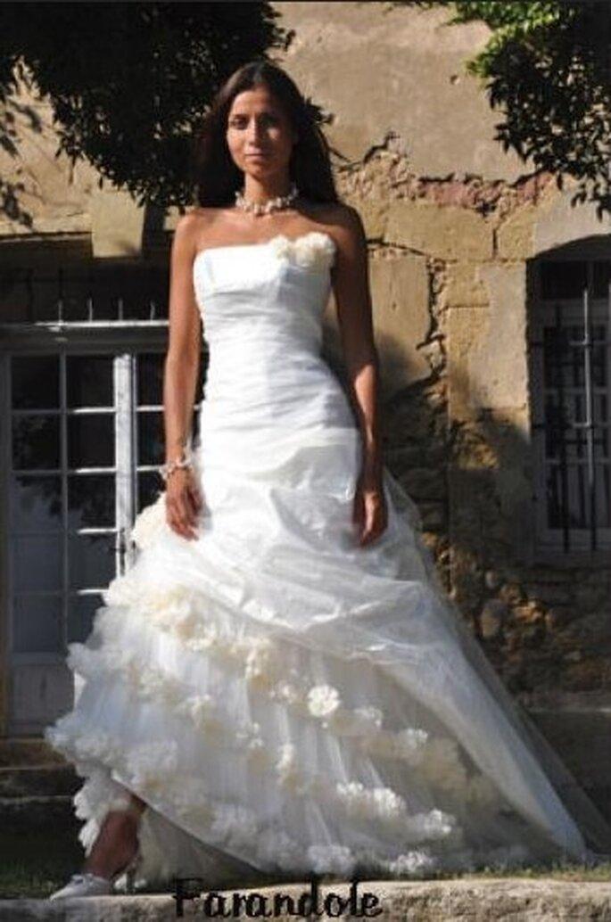 Les mariees de provence Farandole