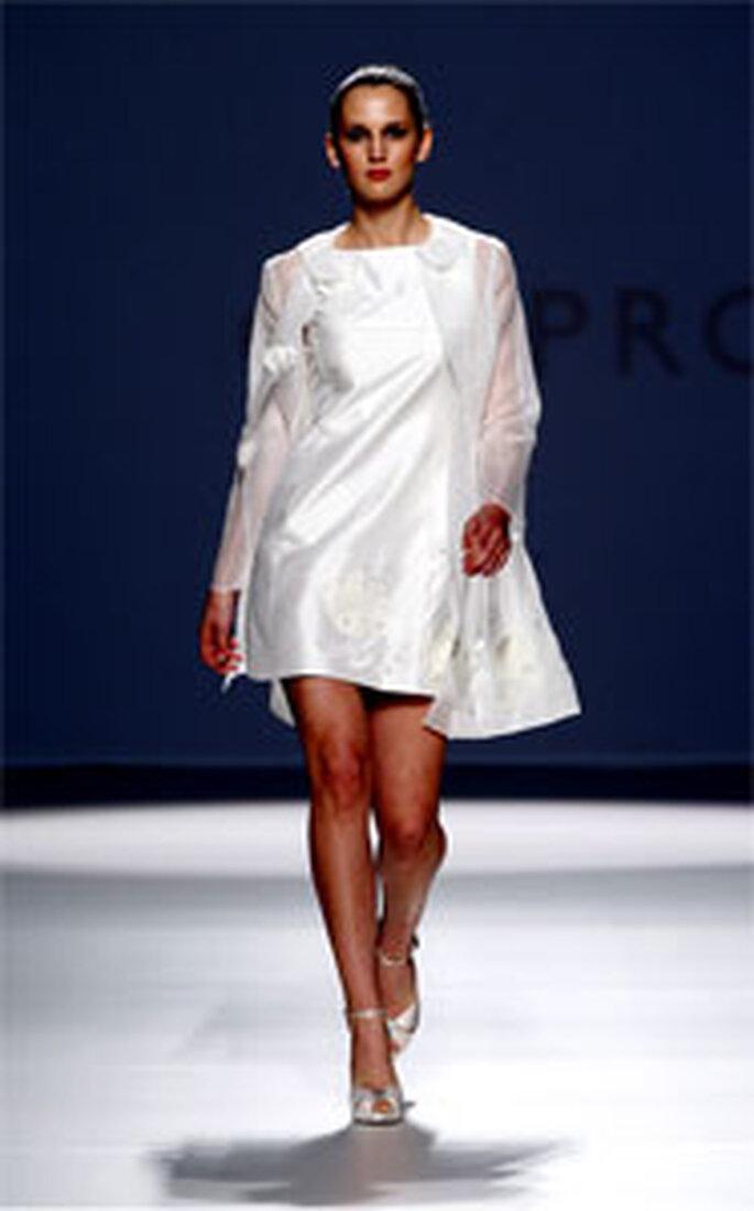 Robes de mariée Pronuptia 2011 par Elizabeth Barboza