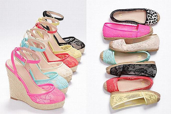 Alpargatas con encaje de colores, de Victoria's Secret