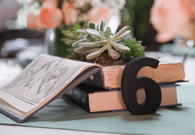 Libros en la decoración de tu boda - Foto Lynne Reznick Photography