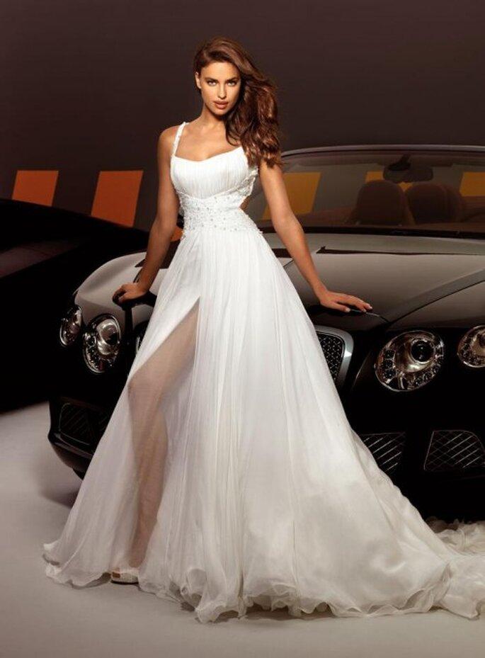 Vestido de novia sofisticado de moda en 2013 - Foto Alessandro Angelozzi Facebook