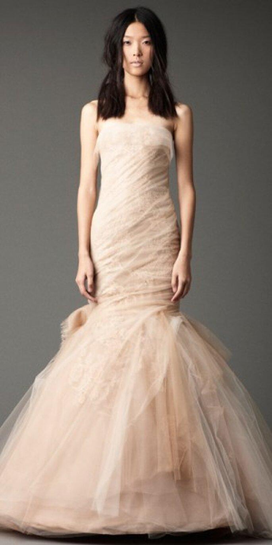 Vestidos para dama otoño 2012. Foto del sitio de Vera Wang.