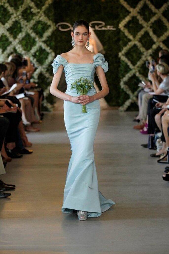 Vestido de novia en color azul claro - Foto Oscar de la Renta 2013