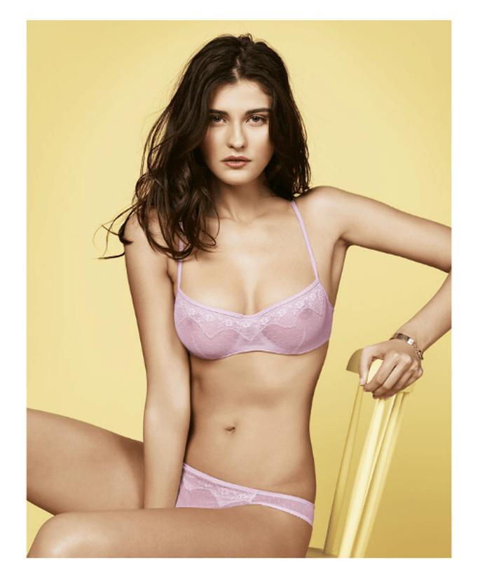 Conjunto de lencería en color rosa pastel para novia - Foto Women's Secret