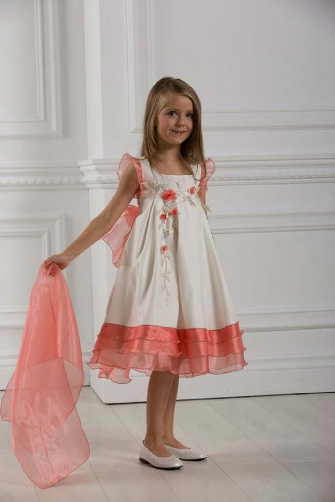 Luxe, élégance et raffinement caractérisent les tenues de cérémonie Christella Créations