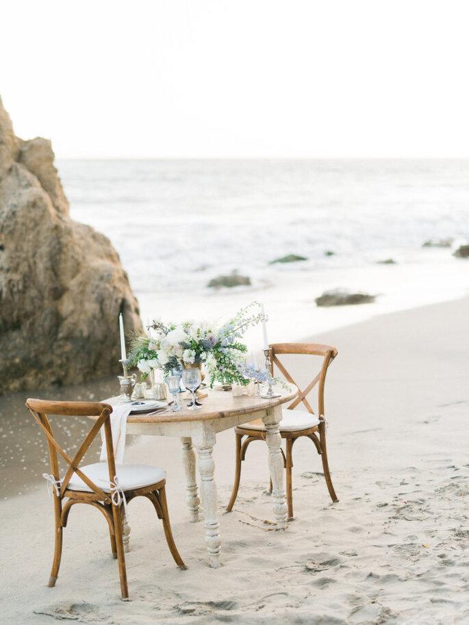 montaje para una boda en la playa - Honey Honey Photography.