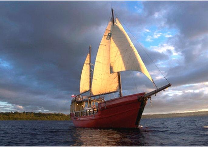 El barco Capitán Haase en el Lago Llanquihue.