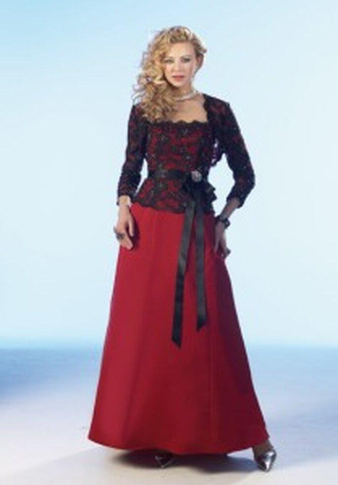 Tomy Mariage 2009 - Monte Carlo - Robe longue en satin et dentelle
