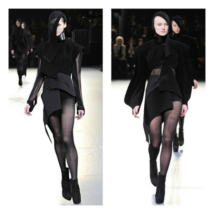 Modelli di Thierry Mugler presentati sulle passerelle parigine: peplum asimmetrici per outfit assolutamente originali. Foto: Filippo Fior via Style.it