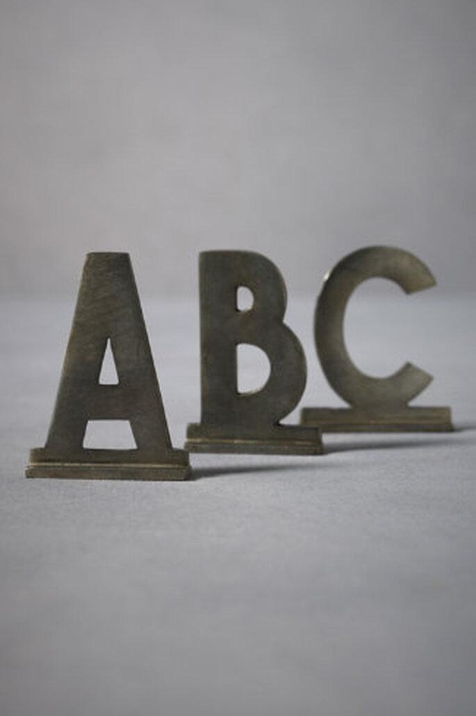 Letras en zinc limpios para hacer las frases que quieras. Foto: Bhldn