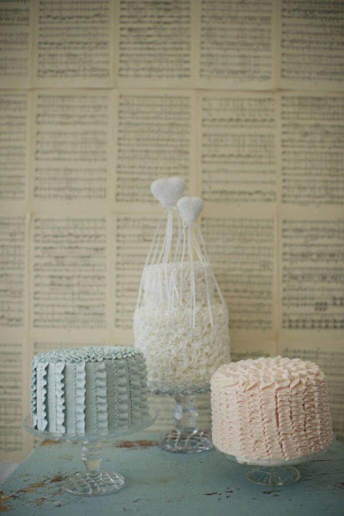 Mini pasteles en tendencia para tu banquete de bodas - Foto Pobke Photography