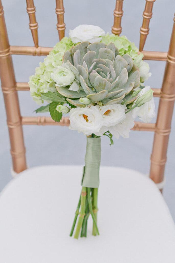 decoración de bodas en color menta - Jennifer Blair Photography