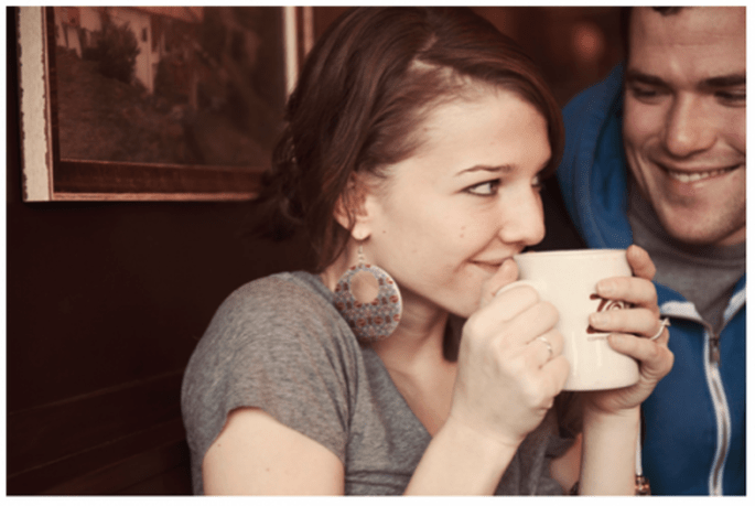 Séance photographique pré-mariage pour les couples passionnés de café - Photo Emily Blake Photography