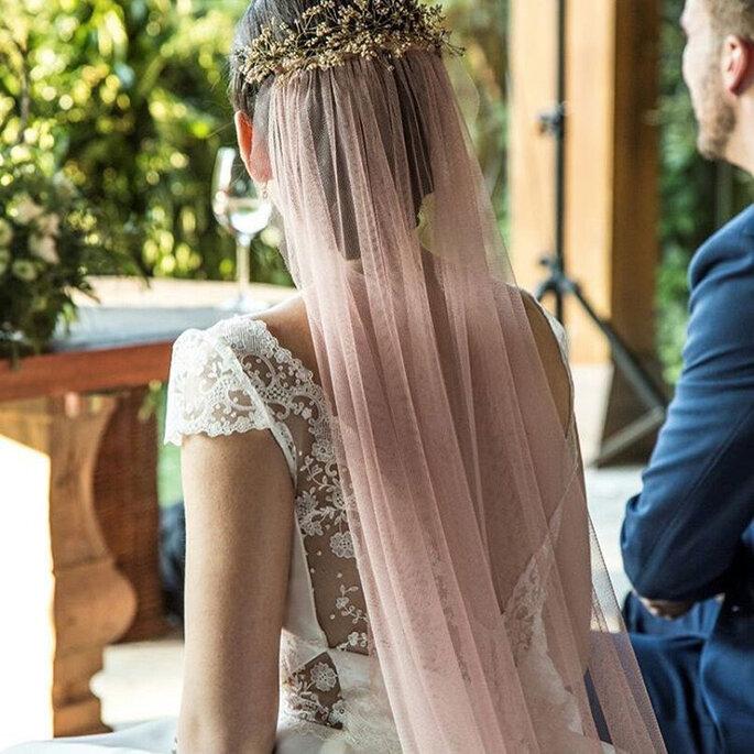 novias detalle rosa
