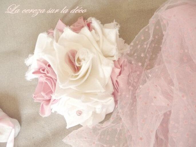 Bouquet de mariée en tissu rose