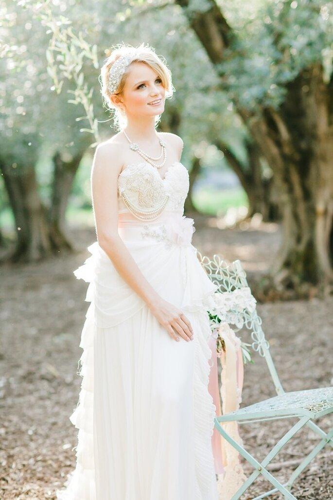 Decántate por un vestido de novia con detalles sorpresivos - Foto Avec L'Amour Photography