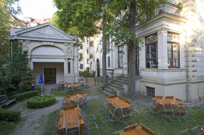 Aussenansicht Garten der Villa Rosental