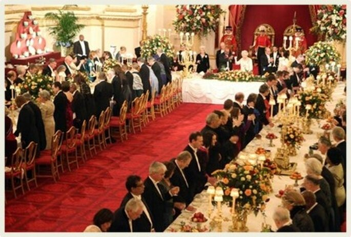 El banquete es plato va servido a la mesa