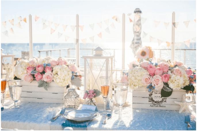 Crea una ambientación plagada de flores, colores cálidos e inspiraciones náuticas - Foto Hike Photography