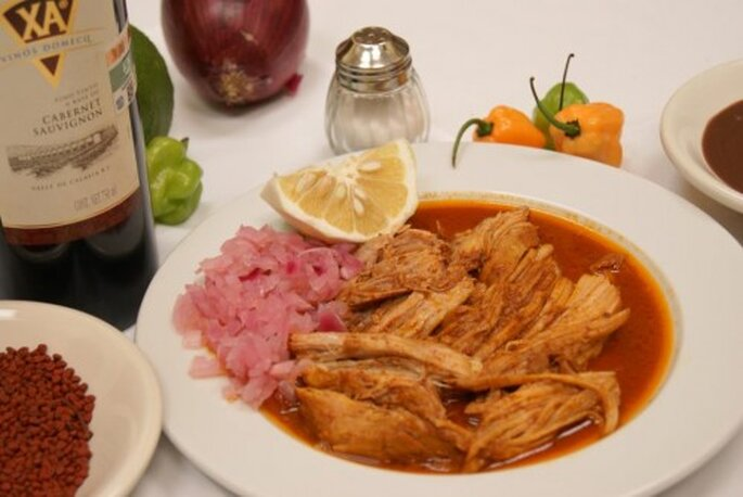 Cochinita pibil, delicioso platillo de la gastronomía yucateca - Foto Restaurante Los Almendros (Mérida, Yucatán)