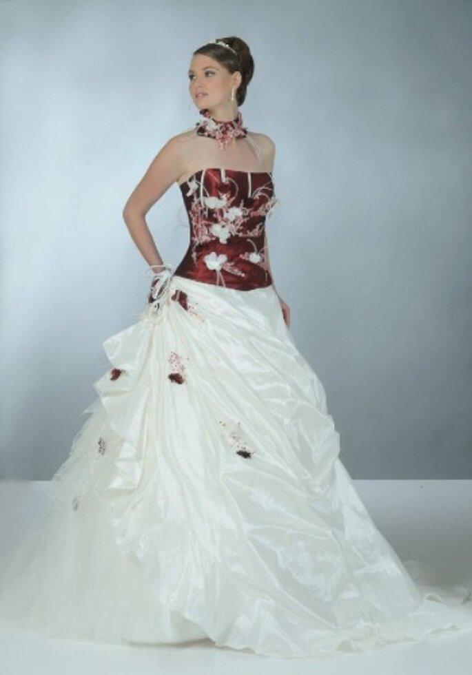 Robe de mariée rouge et blanche Alliance – Annie Couture 2012