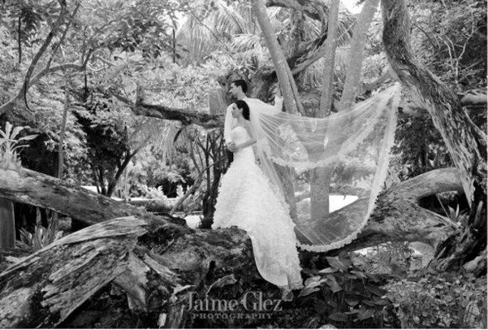 Celebra una boda destino en Hacienda Itzincab Cámara. imagen Jaime González