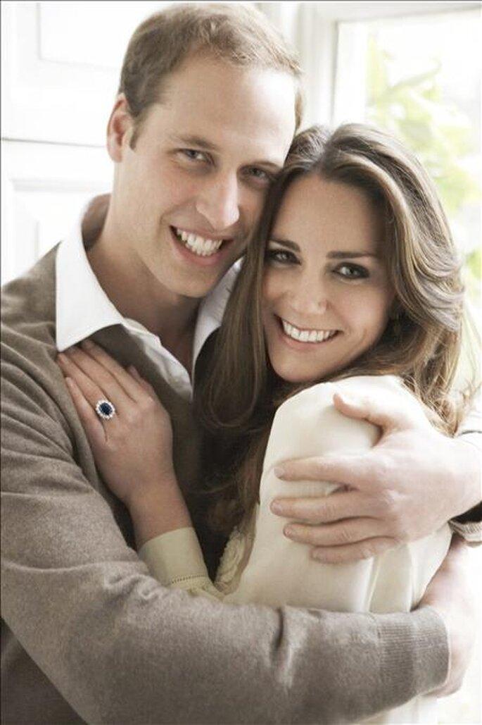 Guillermo y Kate, foto oficial del compromiso de Mario Testino
