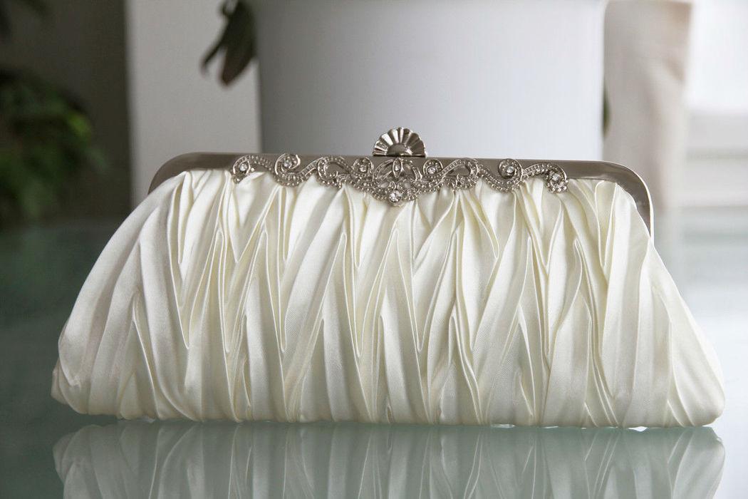 Beispiel: Brauttasche, Foto: Weddingdress.ch.