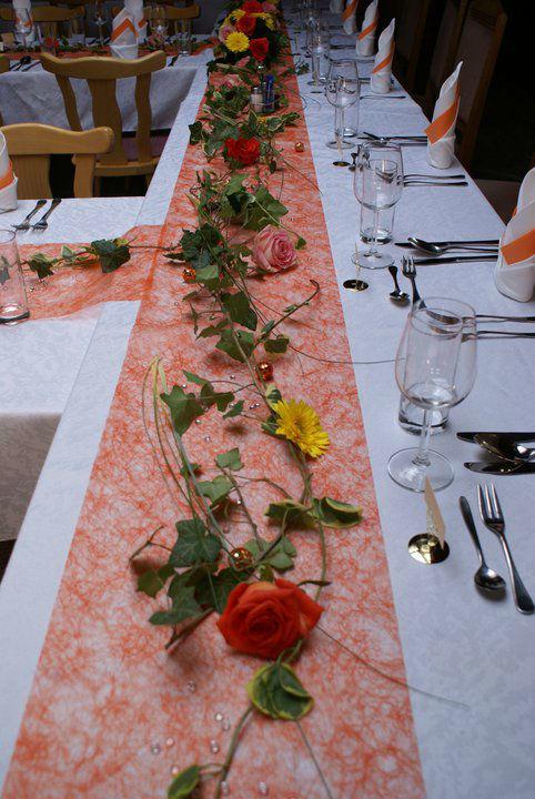 Beispiel: Tischschmuck, Foto: Gartenbau Kölbl.