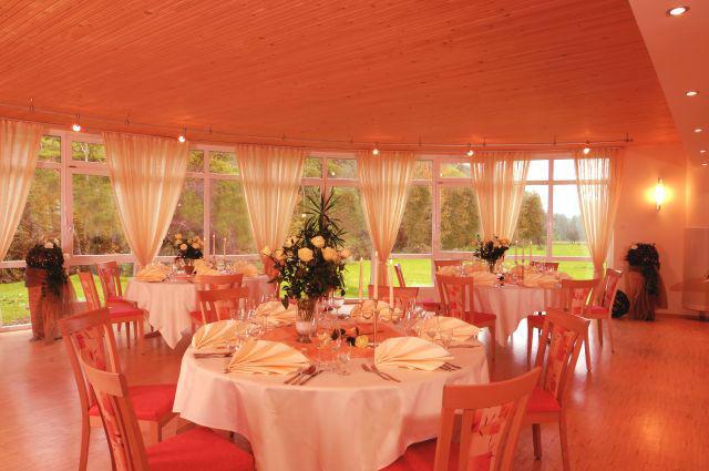 Beispiel: Runder Saal, Foto: Hotel Restaurant Talblick.