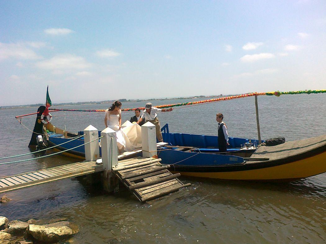 Chegada dos Noivos em Barco Moliceiro