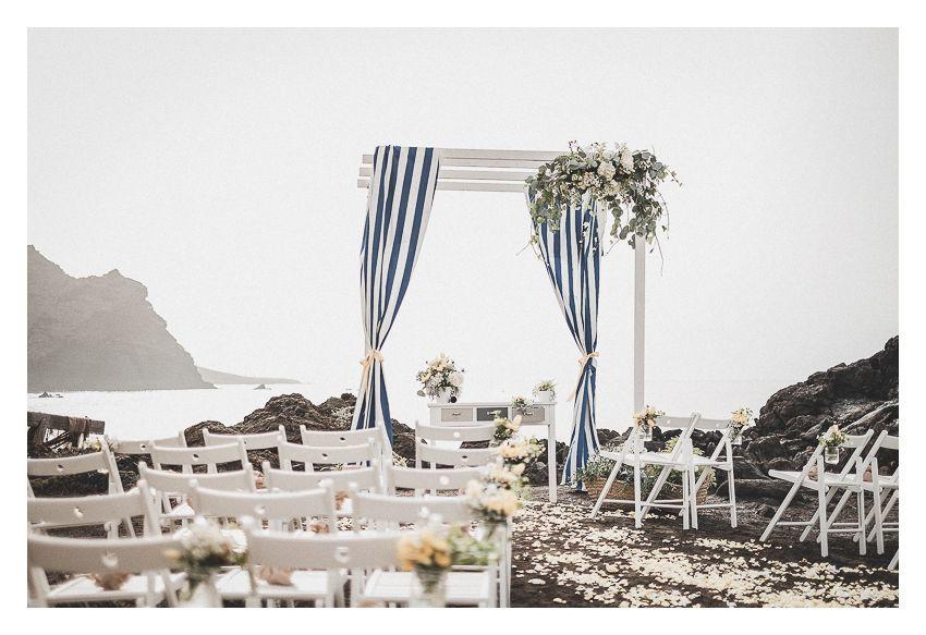 Ceremonia de boda junto al mar