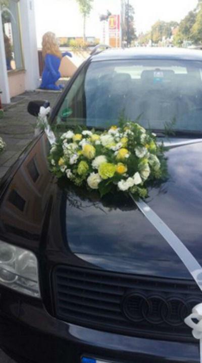 Beispiel: Autoschmuck, Foto: Florales Schmuckkasterl.