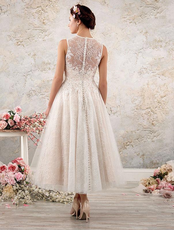 2016 Mid-Season Modern Vintage Bridal