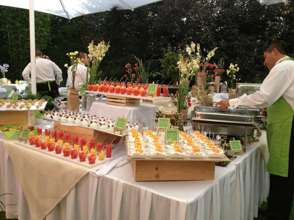 Bufette desayuno antes de una boda