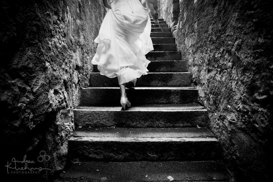 Beispiel: Kreative Hochzeitsfotografie, Foto: Andrea Kuehnis Photography.
